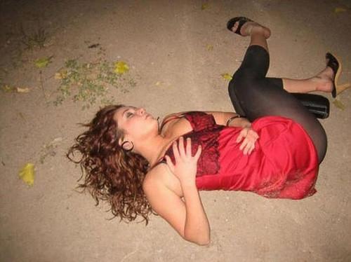 Пьяная девушка любитель секса 14