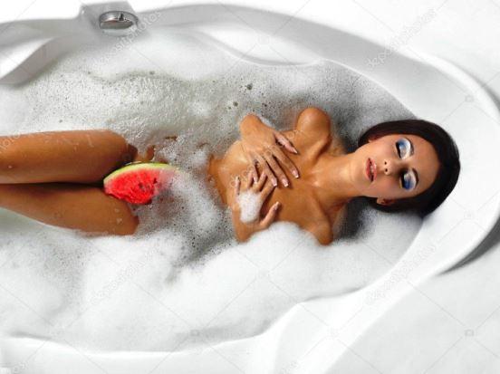 Ванна с пеной с девушкой приколы — photo 5